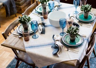 table setting 4 square