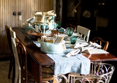 table setting eat-in